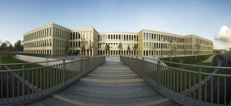 HEC Parisの授業内容や評判、卒業生の進路先とは