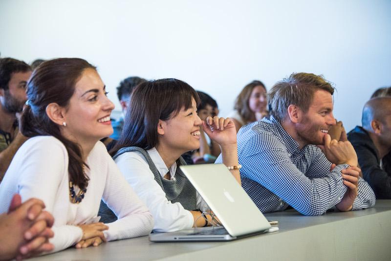 多様なメンバーとのインタラクティブな学びの機会