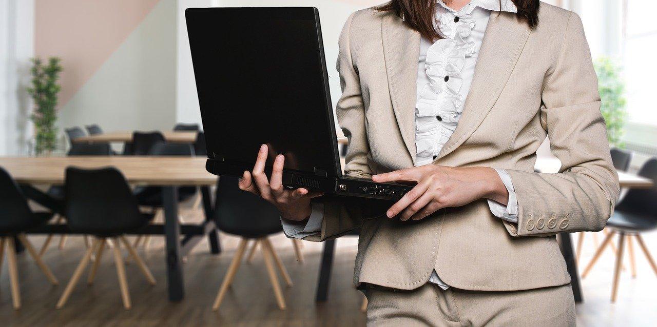 転職活動を在職中に始める場合